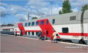 Номер двухэтажного поезда 104B