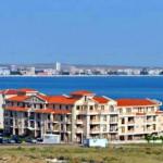 Окно с видом или жилье недалеко от моря