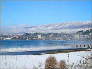 В Абхазии зимой снег бывает крайне редко